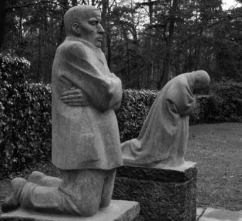THE PARENTS, Vladslo German Soldiers' Cemetery, Vladslo (Belgium), 1932